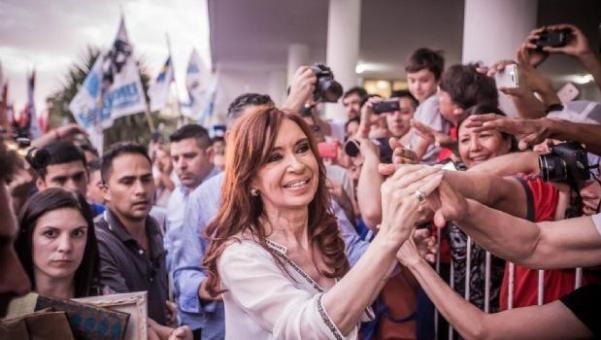 Cristina por tres: visita Berazategui, Lomas y Ensenada