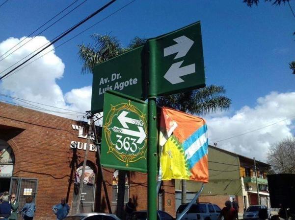 La calle donde vivió De Vicenzo ahora tiene su nombre